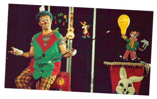 Boka clown jumping joe