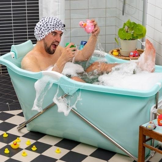 Vikbar badkar som du enkelt packar